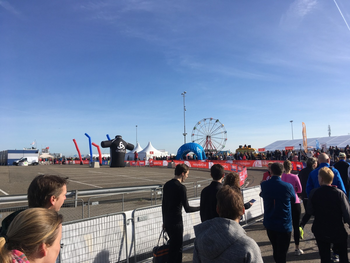 Hardloopfeest Tijdens De Zandvoort Circuit Run Mari