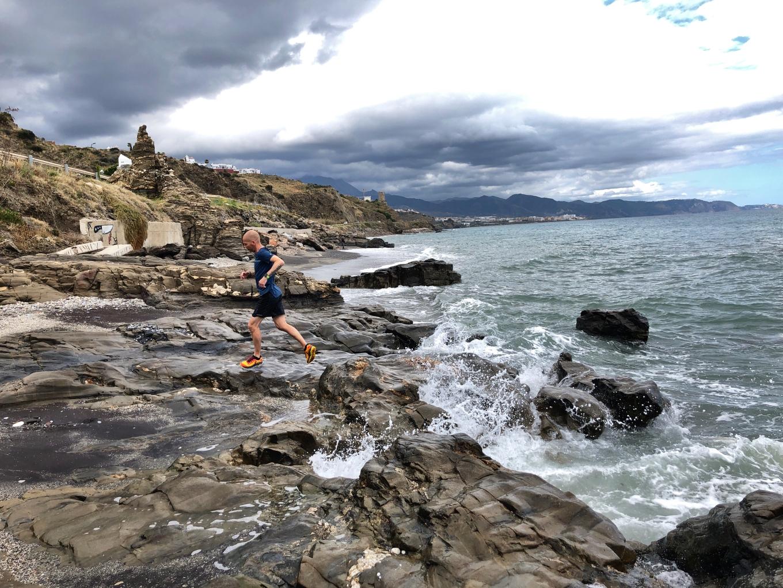 hardlopen naar Neja langs de kust.jpg